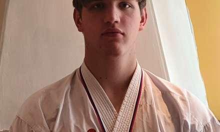 Žan Luka Lesnika osvojil 3.mesto na 1.pokalni tekmi Slovenije v letu 2021
